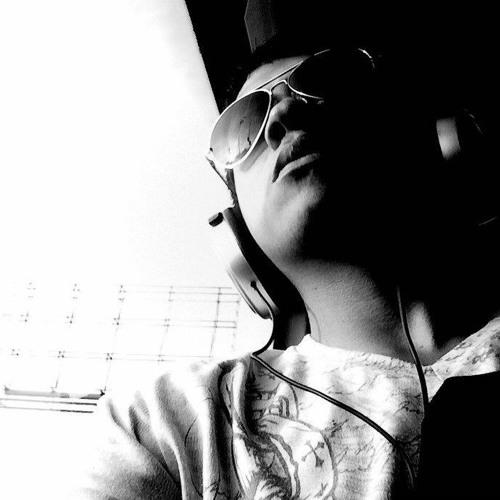 Toño Colucci's avatar