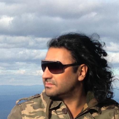 Amir Chegini's avatar