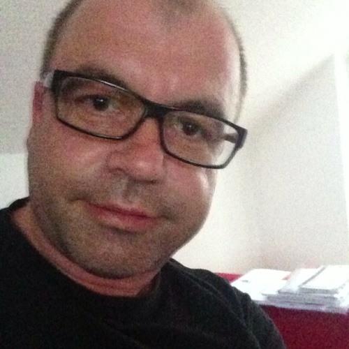 Oliver Rei's avatar