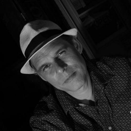 Chris Bottomley's avatar