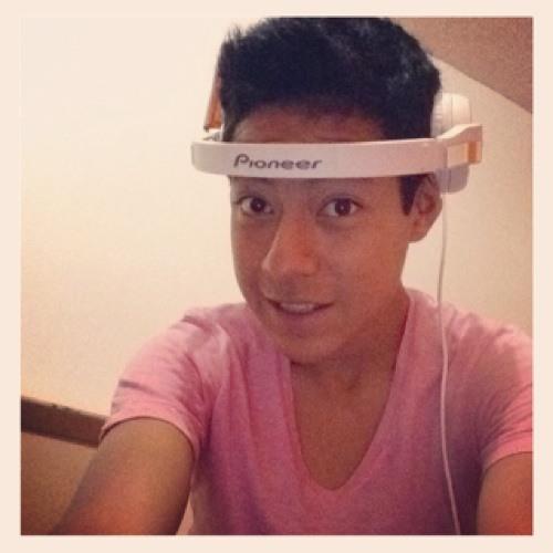 Bryan Moreno Torres OOO's avatar