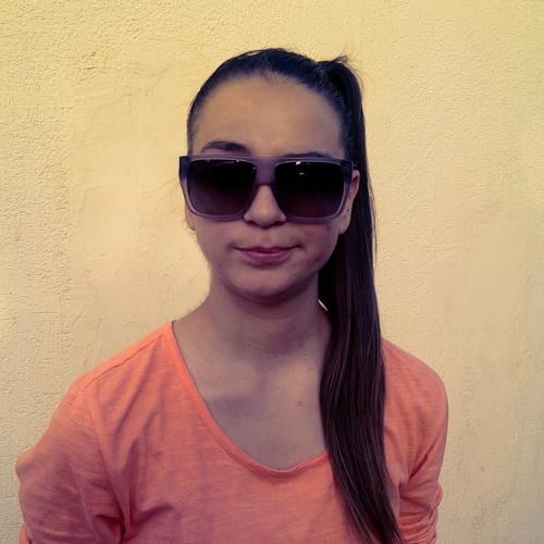 Zoi Arouni's avatar