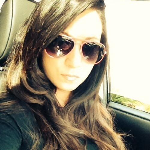 Laura Damian007's avatar