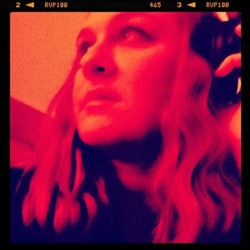 Krista Elise's avatar