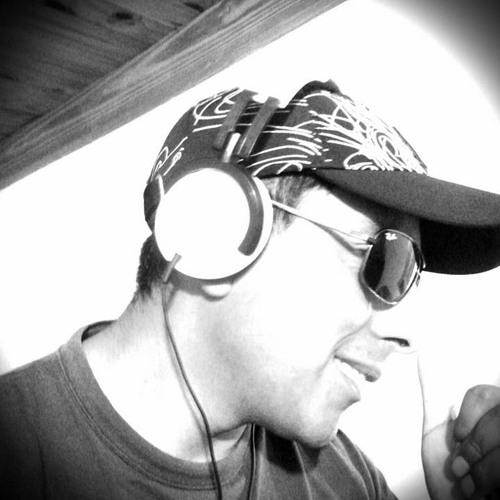 DjSantyD.T.B's avatar