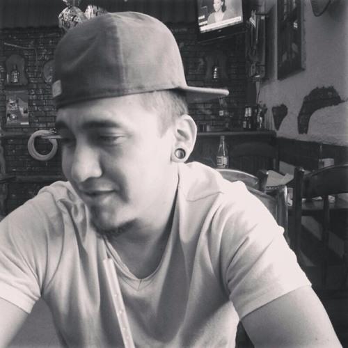 Daniel Ovando 1's avatar