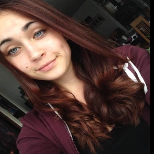 Lara La98's avatar