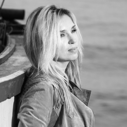 Julia Vikman OFFICIAL's avatar