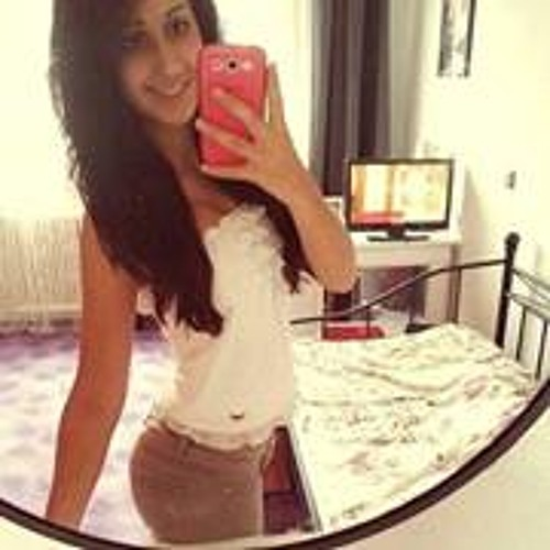 Yasmina El 4's avatar