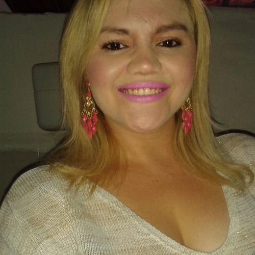 Claudia Alves 28's avatar