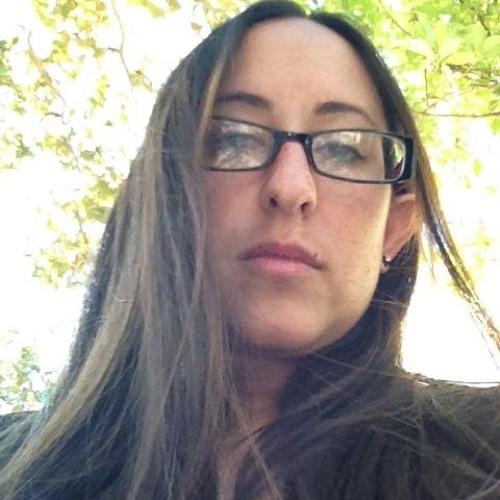 Renee Gizzy Gadut's avatar