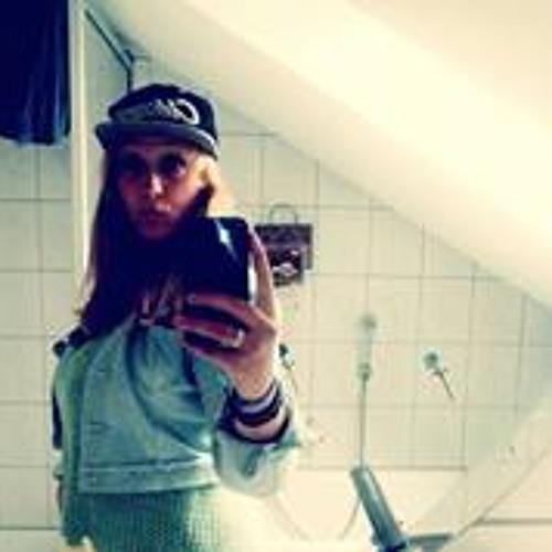 Ada Pohlmann's avatar