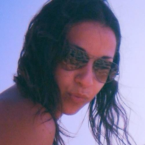 Yazzy R.'s avatar