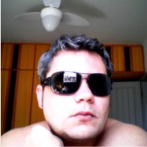 Eduardo Meneghelli's avatar