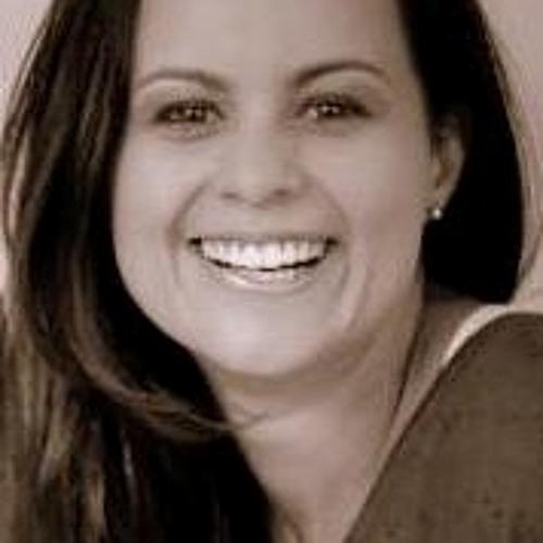 Camila Martins 23's avatar