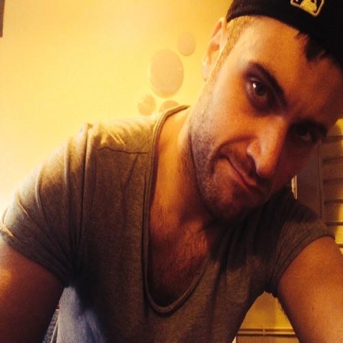 Luca Kiro's avatar