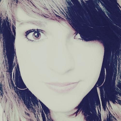 Ophélie Poinsot's avatar