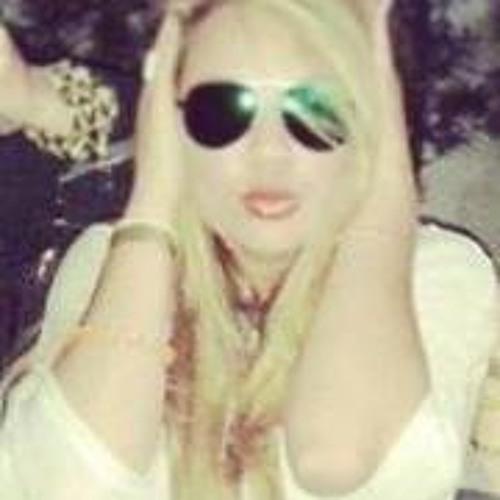Ela Cris Rochadel's avatar