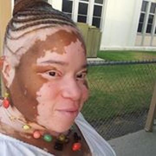 Tracy Avery's avatar