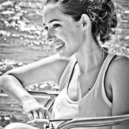 Marina Paraizo's avatar