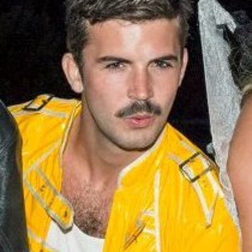 Benedisco Curran's avatar