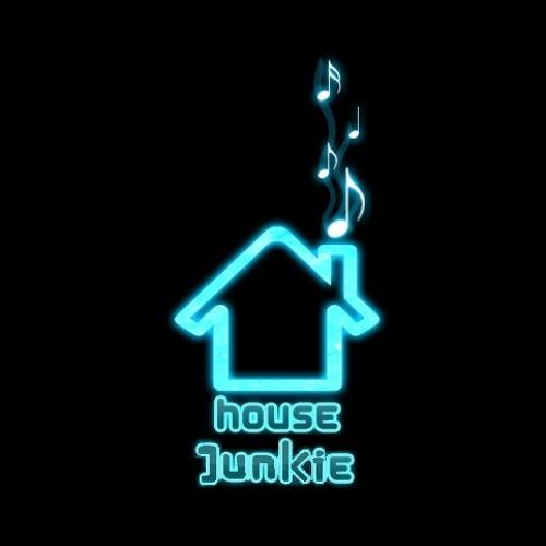 hοuse junkie's avatar