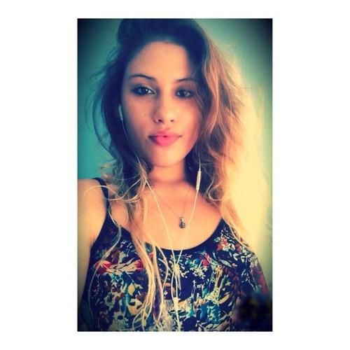 Keilla Alvarado's avatar