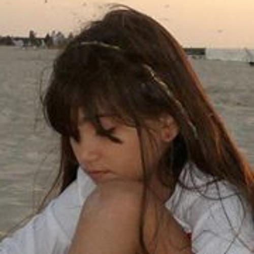 Hasti Ali's avatar