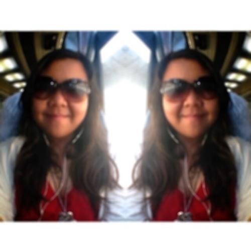 Thalia Nur Sabrina's avatar