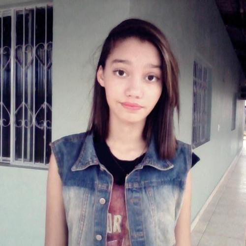 LauraHermando's avatar