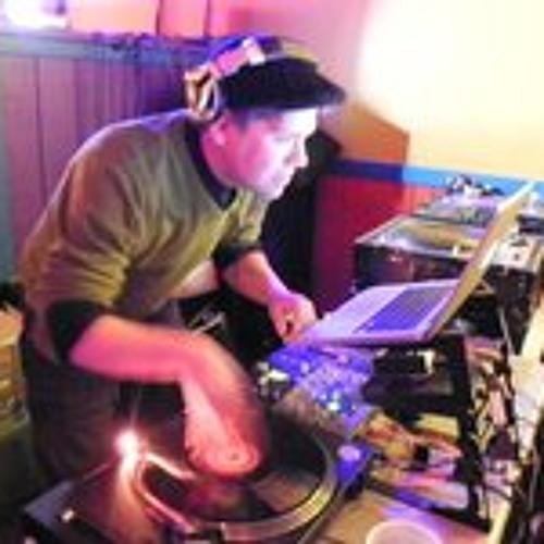 DJ_Charles_English's avatar