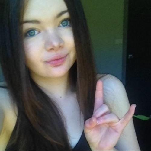 Claudia Welton's avatar