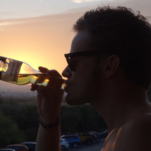 Julian Fichtner's avatar