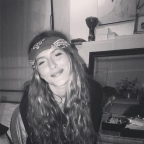 Mélanie Ova's avatar