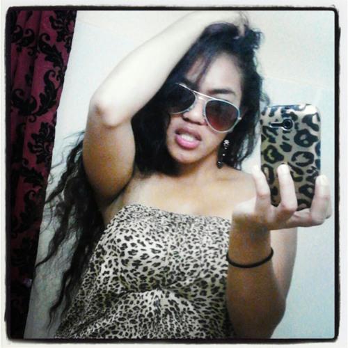 loriann_sartar's avatar