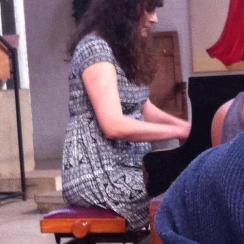 Hannah Jovic Pianist's avatar