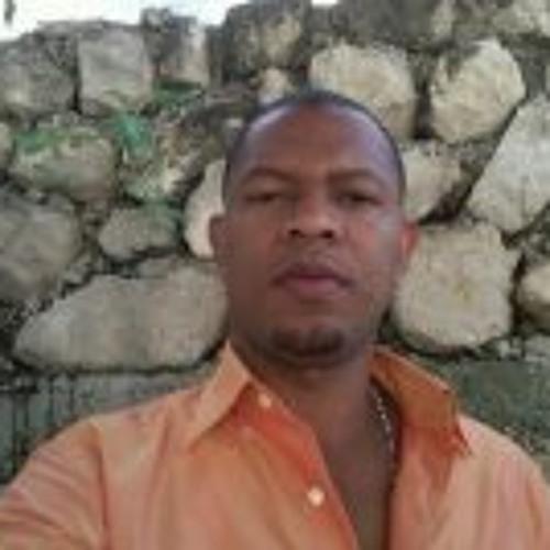 Francisco Roc's avatar