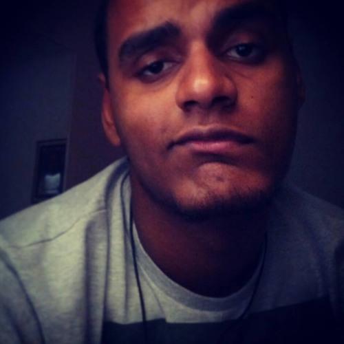 Henrique Rezende's avatar