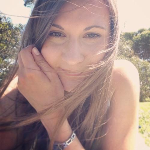 Julia Schultz 1's avatar