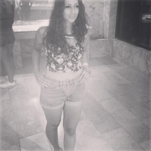 giselle145's avatar