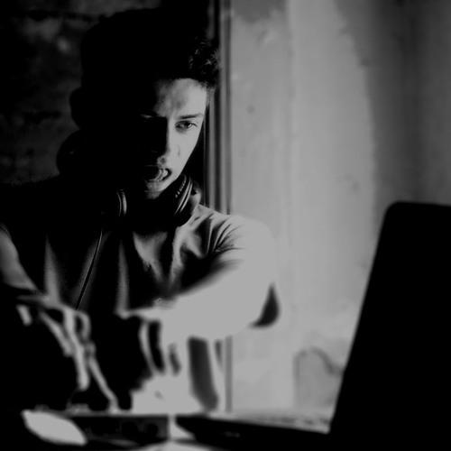 Sebastian Alejandro's avatar