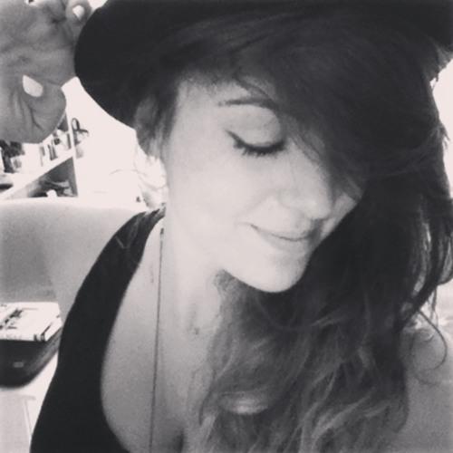 Em Mercader's avatar