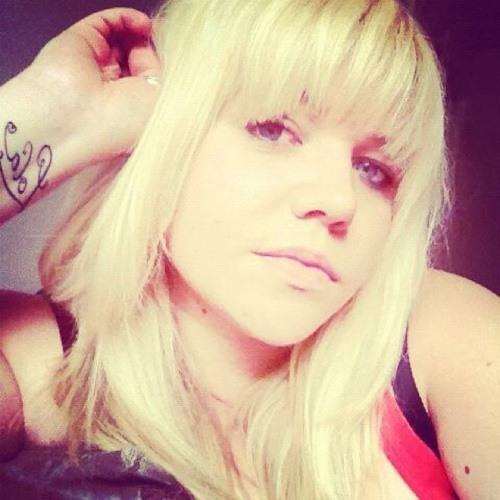 Yellie Beckter's avatar