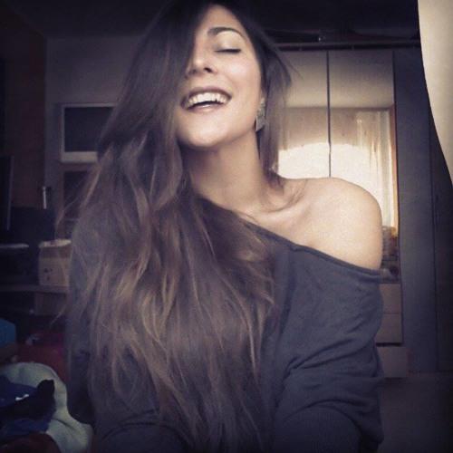 Tina Mas's avatar