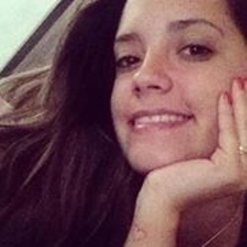 Cassia Gonçalves 3's avatar