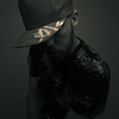 LAZULI's avatar