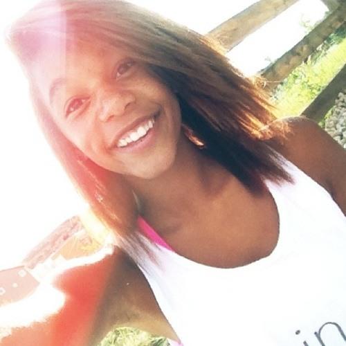 Sabrina Macon's avatar