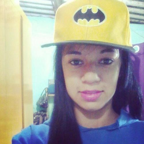 larissa Dias's avatar