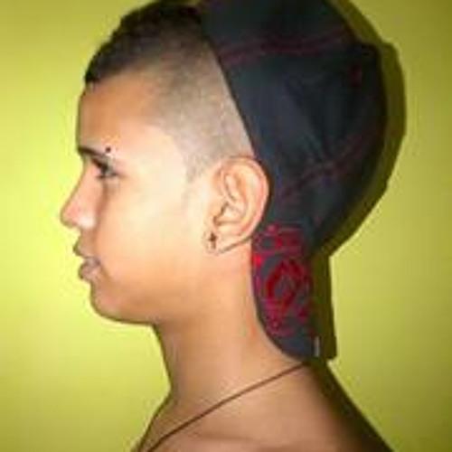 Bryan Rengifo Moreno's avatar