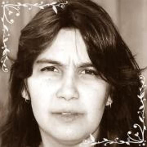 Cíntia Oliveira 13's avatar